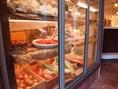県産の食材から、珍しい食材まで様々