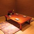 お座敷では人数にあわせてテーブルご用意させていただきます。