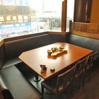 テーブル席から座敷席まで