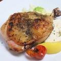 料理メニュー写真Kotoriya特製ハーブチキン(骨付き鶏)