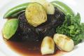 料理メニュー写真牛肉の赤ワイン煮込み