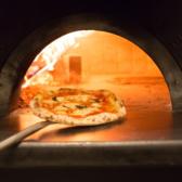 当店自慢のピザはこちらの窯で作られています!高温で一気に焼き上げたピザはもサクサク&もっちり◎
