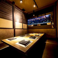 水炊きと個室 清水 新宿本店の雰囲気1