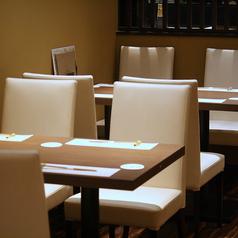 テーブル席2~30名様
