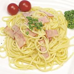 料理メニュー写真カルボナーラパスタ