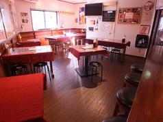 ◆2名×3席◆4名×3席◆6名×1席 団体様もお席を繋げてご案内できます。貸切予約可