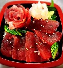 鉄火丼(茶碗蒸し・味噌汁付き)