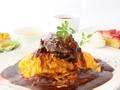 料理メニュー写真国産牛ホホ肉デミグラスシチューオムライス