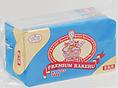 【プレミアムラケル】ラケルパンを美味しく召し上がっていただくために開発された「プレミアムラケル」です。バターの濃厚な香りとミルクの自然な風味と甘さをもつ、ラケル自慢のバター入りスプレッドです。保存料・着色料・香料・乳化剤は使用しておりません。
