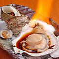 料理メニュー写真ホタテ醤油焼き/サザエのつぼ焼き 1個