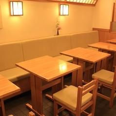 【2名がけテーブル席/6卓】レイアウト変更可能です♪