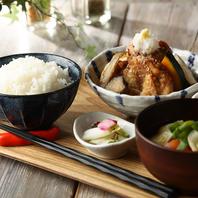 国産鶏を使用した唐揚げと季節のおろしが人気!