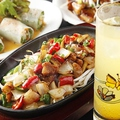 料理メニュー写真◆鶏とマッシュルームのアツアツ鉄板焼き◆