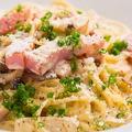 料理メニュー写真ミルボナーラ(味噌とフォアグラのカルボナーラ)