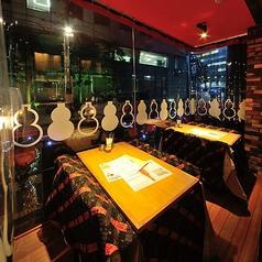 雰囲気自慢のテラス席です。4名様までご利用可能!これからの時期にぴったりの解放感あふれるお席で楽しい飲み会に!