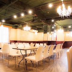 【完全個室は8名~100名OK!】 名古屋の真ん中・栄錦に位置するパウサビ、200名規模のパーティーも対応いたします♪ 結婚式二次会や各種イベント、会社の宴会、同窓会、成人式二次会などにもおすすめ★ お店を丸ごと貸切っちゃうので思う存分、思いのままお楽しみいただけます!!