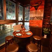 木の温もり溢れる個室空間♪お食事はもちろん、飲み会や宴会、女子会などにも是非ご利用ください。