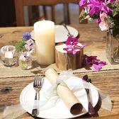 連結すれば大宴会にも最適。季節やお食事の内容に合わせてテーブルコーディネートも毎回セッティング致します。