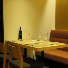 ワインとお料理 Yonna-yonnaの雰囲気1