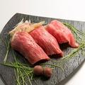料理メニュー写真新鮮和牛の炙り板前寿司