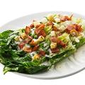 料理メニュー写真焼きシーザーサラダ