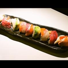 レインボー巻き寿司