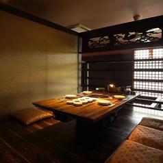 <半個室>プライベートでお食事を楽しめる4階の個室ですお座敷ですので小さなお子様連れのお客様や接待のお客様に人気です。