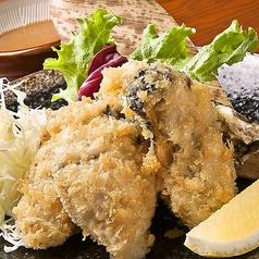料理メニュー写真拘りの牡蠣フライ(1個)