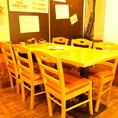 女子会・誕生日会など少人数にもピッタリのテーブル席はお早目のご予約がオススメですよ