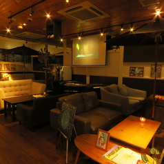 sofa-dining bar One wld ワンワールドの雰囲気1
