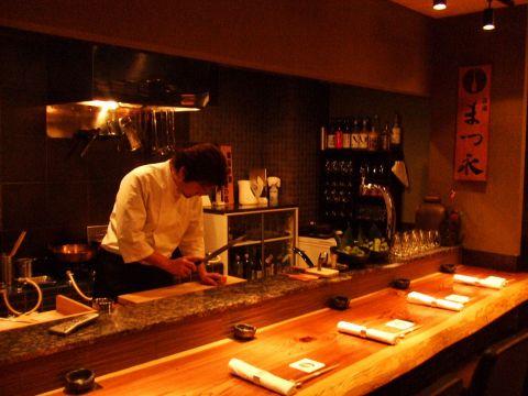 【裏路地にひっそりと佇む大人の隠れ家】知っておきたい、素材を活かした和食店
