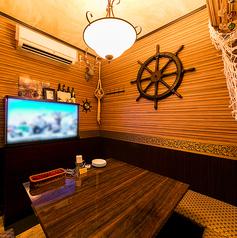 個室に完備されたデジタル水槽!お洒落な楽しい空間です!