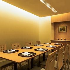 ホテル阪神大阪 日本料理 花座の雰囲気1