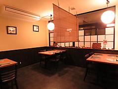2名様テーブル×1、4名様テーブル席×2。をご用意させて頂いておりますので、気の知れた友人、会社の上司との接待など、様々なシーンでご利用くださいませ。贅沢な「和」をテーマとした望洋楼で、上質なひとときをお楽しみください。