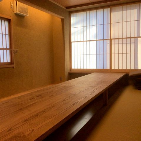 麻の葉の間。2階個室。