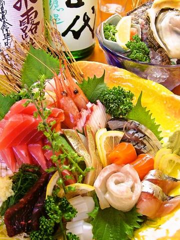 市場直送新鮮魚介や四季折々の料理が愉しめる♪自慢のお造りは山忠で絶対食べたい逸品