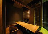 当店は完全個室です。通りが良く見える個室もございます。