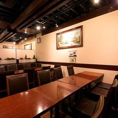 【2~4名様のお席】会社帰りやちょい飲みに♪テーブルをくっつけて最大66名様までオッケー!!