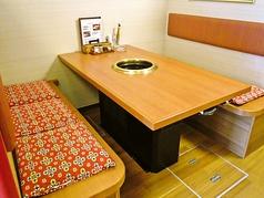 テーブル席:6名×1