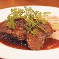 料理メニュー写真牛ホホ肉赤ワイン煮込み