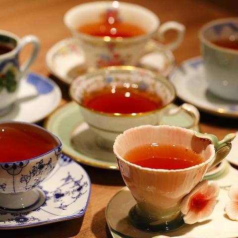 並木坂にたたずむビール&紅茶が愉しめるバー&ティーサロン