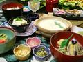 料理メニュー写真湯葉懐石(三条)