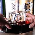 通常飲み放題に+500円でプレミアム飲み放題に♪ 紅茶酒・つぶつぶ蜜柑のお酒・唐辛子梅酒といったバラエティに富んだお酒から、神の河・鉄幹・皇神といった本格焼酎、あさ開き水神純米大辛口・神の井吟醸といった人気の地酒等々・・・おいしいお酒の宴会にはこちらもおすすめです。