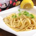 料理メニュー写真名物レモンクリームパスタ