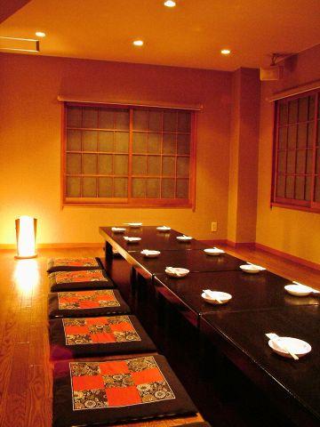 喧騒を離れた道端に隠れる、落ち着いた大人の中華料理店◇デート・仲間との集まりに◎