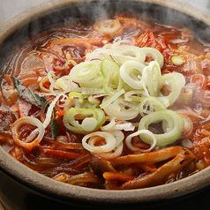 料理メニュー写真カルビスープ/ユッケジャンスープ