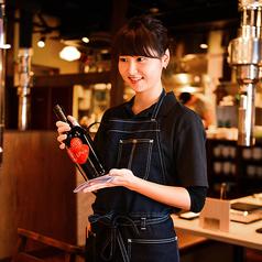 【真心を込めたおもてなし!】スパークリングワインも飲み放題OKの飲み放題を1,500円でお付けできます。肉料理や各種アラカルトに合う、当店がこだわり抜いたワインを多数取り揃えております。
