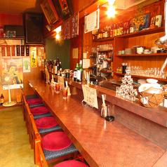 カウンター席は全7席。仕事帰りのサク飲みやお食事、ご友人との落ち着いた飲み会などに◎もちろんお一人様でのご来店も大歓迎です。