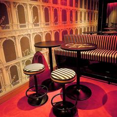 キャッシュオンで楽しめるパブスペース。ZAKURO自慢のフードやお酒をお気軽にお楽しみいただけます。