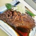 料理メニュー写真裏名物。西川家の煮つけ。すすきの相場2500円が、、、